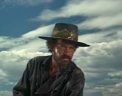 Warren Oates in Barquero